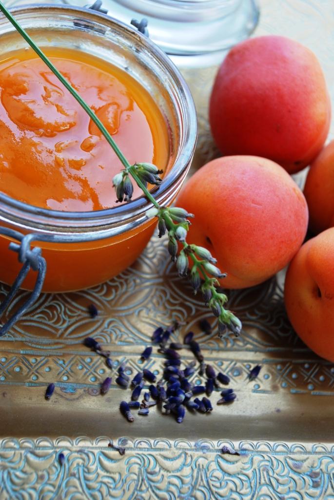 confiture abricot lavande maison